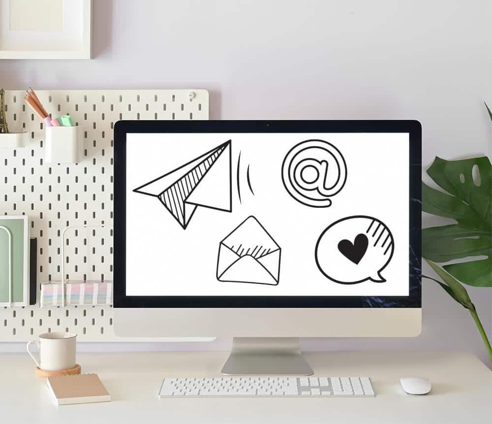 Scegliamo la piattaforma adatta per il mail marketing, ti imposto il form di iscrizione e realizzo la grafica, ecco cosa faccio come web designer